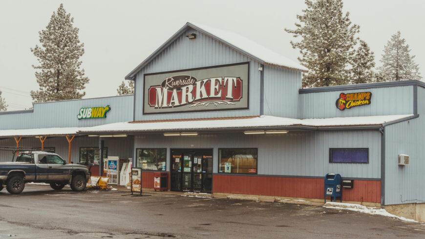Riverside Centerplace Market